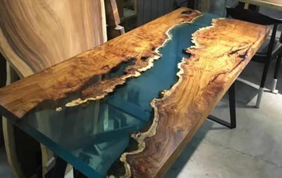 怎样调配树脂制作桌面?树脂是选用环氧树脂还是其它树脂呢?